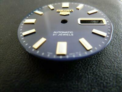 Seiko 5 Brand New Blue dial with Gilt Raised Indices SNKK11
