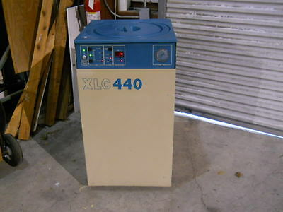 """MVE"" Minnesota Valley Engineering XLC-440 Liquid Nitrogen Freezer Cryochamber"