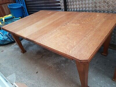 Lovely Large Antique Victorian Solid Oak Wind Out Extending Dining Table