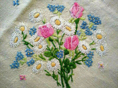 Sweet Rose/Daisy/Forgetmenot Posies  Vintage Hand Embroidered Tablecloth
