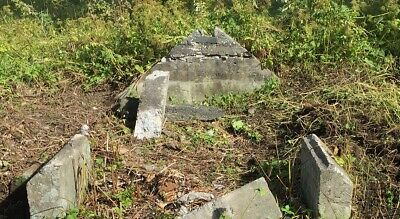 Graveyard Dirt Powerful Charged By Descendants of Dead Forlorn Lovers