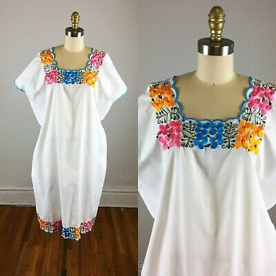1970S DRESS - white floral embroidered Mexican dress - extra ...