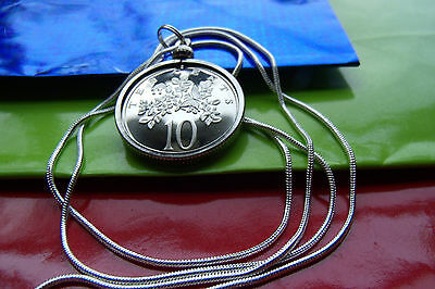 "BUTTERFLY & FLOWER Classic JAMAICAN Coin Pendant on a 30"" Silver Snake Chain"