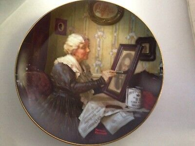 "The Edwin M Knowles China Company Plate "" Grandma's Love "" Norman Rockwell 8.5"""