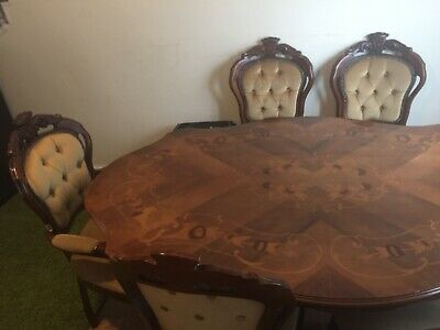 Victorian Style Walnut Oval Table And 6 Chairs.