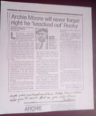 Boxing - Archie Moore Signed Piece