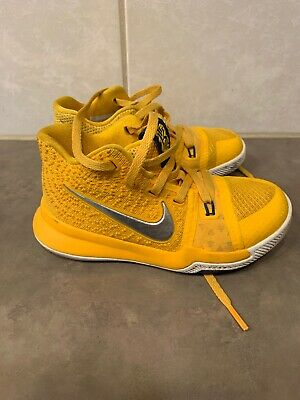 new york eced8 4bb2f NIKE KYRIE IRVING 3 Shoes Mac and Cheese 11c BRIGHT YELLOW Youth 869985-791