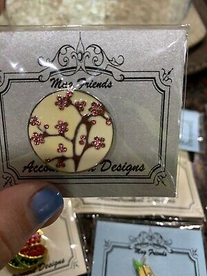Mag Friends Accoutrement Designs CHERRY BLOSSOMS Needle Buddy Minder