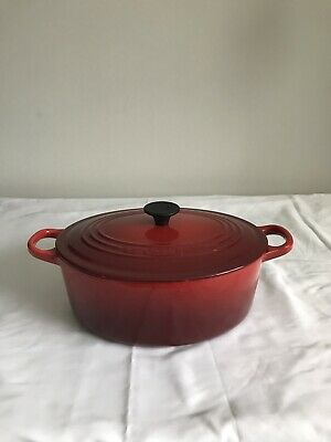3 1/2 qt Le Creuset France Red #25 Oval Dutch Oven with Lid Very Good Condition