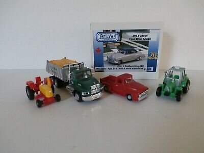 HO Scale Ag related vehicles