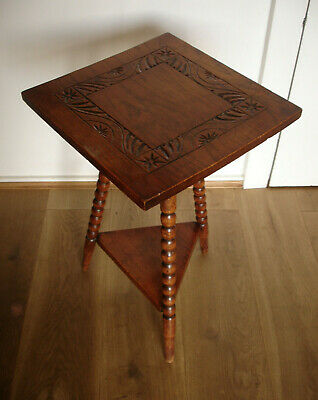 Vintage Tiered Carved Etched Gypsy Bobbin Legs Pedestal Occasional Lamp Table