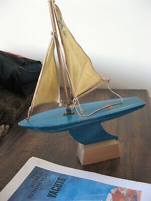 VINTAGE BLUE STAR POND YACHT, SY1 MODEL, stand and instructions