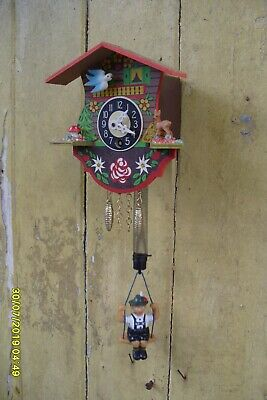 Wall Clock Small Wooden Wall  Clock Moving  Bird  And  Pendulum On Spring