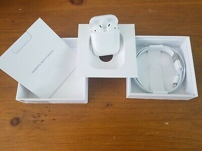 New Genuine Apple AirPods 2nd GenerationWirelesswith Charging Case MRXJ2AM/A