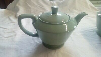 Woods Beryl, Medium (?) teapot, Green, Woodsware . (see listing)
