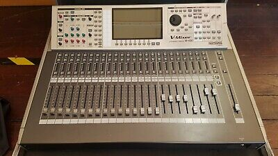 Roland M400 Digital Mixing Console