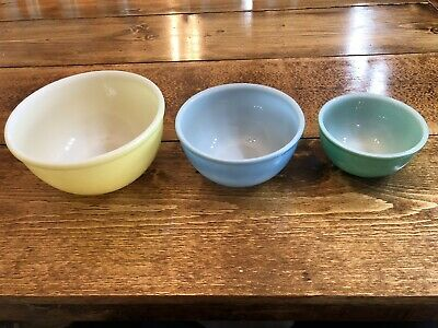 Vintage Fire King Oven Ware 3 Piece Bowl Set Yellow Blue Green