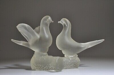 Frosted Glass Two Doves Bird Sculpture Figurine