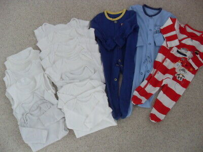 Bundle 3 x boys cotton sleepsuits/baby gros & 13 assorted vests- Size 0-3 months