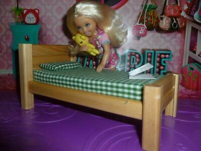 "Barbie Sister Dollhouse Bedroom Furniture 3"" Tall Wooden Bed Soft Mattress"