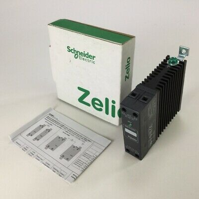Schneider Electric SSM1A120M7 Solid state relay Zelio SSR New NFP