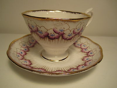 Vintage Royal Albert Eng China Tea Cup&Saucer White Purple Blue Floral