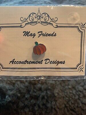 Mag Friends Accoutrement Designs PUMPKIN Needle Minder