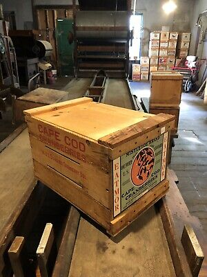 Vintage Wisconsin Wooden Cranberry Box//Crate 24x24x6