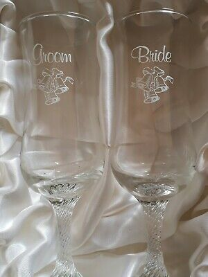 Bride and Groom champagne glasses * Brand New In Box*