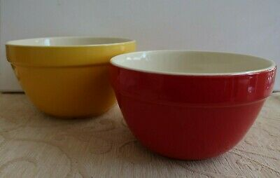 2 vintage FOWLER WARE ? MIXING BOWLS 16.3cm yellow/ white & 14.8cm red/ white