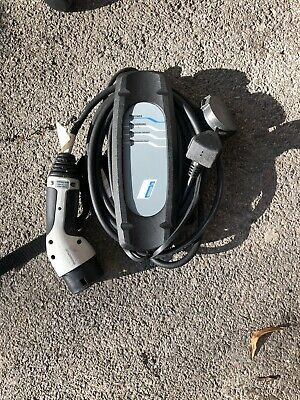 BMW i3 i8 330E mains charger charging cable UK plug to Type 2 Genuine