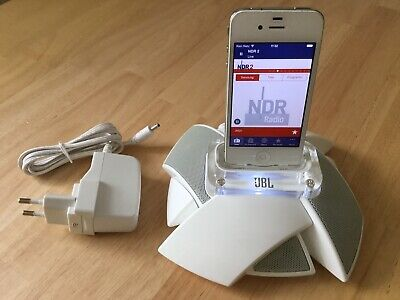 Apple iPhone 4 (Model A1332) silber weiss 8GB mit JBL on Stage Micro III