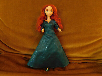 Disney Princess Merida from Brave jointed legs original outfit