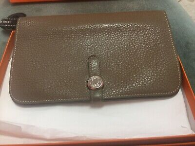 Hermes Dogon Combined Wallet in Etoupe.Used.