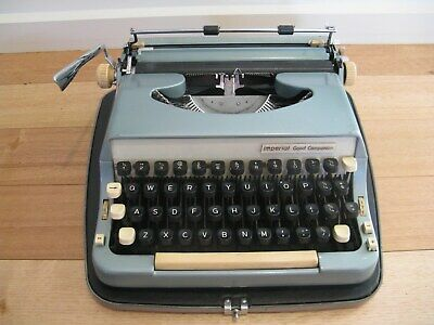 """Vintage Imperial Typewriter Model 7 """"Good Companion"""" Made In England"""