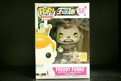 Hot Sale Funko Pop Vinyl Figure Freddy Funko Pennywise SDCC LE4000 New With Box