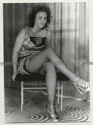 Pretty Natural Woman On Stool / Lingerie - Fishnets (Vintage Photo DDR 70s/80s)