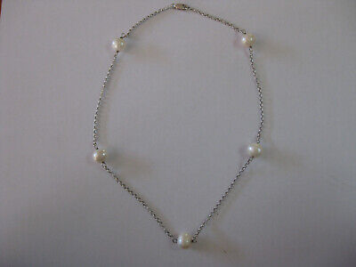 Sterling silver station pearl necklace