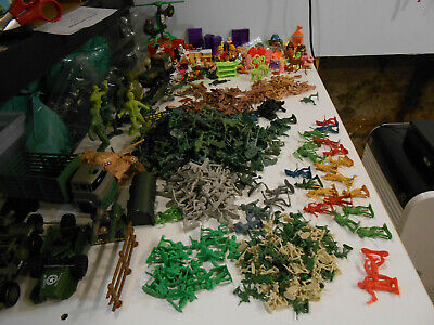 570+ Mixed SOLDIERS MILITARY EQUIPMNT Cowboys Indians Animals Furniture Toys etc