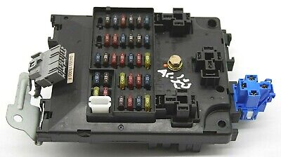 NISSAN ALMERA TINO 02-06 1.8 Interior Fuse Relay Box ... on