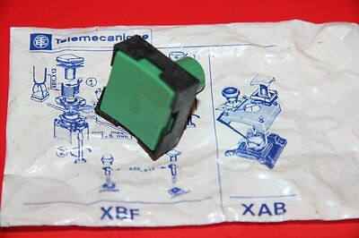 Telemecanique Xbf-G 113 Push Button, Green Xbf G 113 New