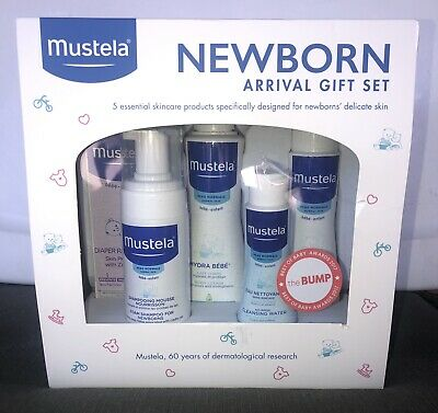 Mustela Newborn Arrival Gift Set Baby Bathtime & Skin Care Essentials 5 Items