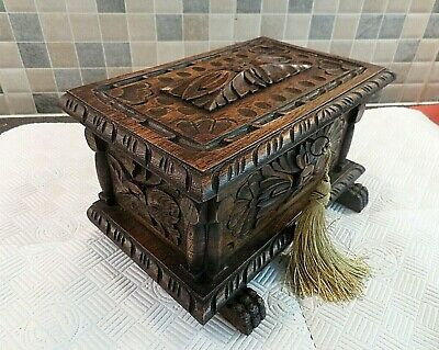 ANTIQUE 19thC FRENCH RENAISSANCE REVIVAL CARVED OAK BOX- ORIG.INTERIOR- WITH KEY