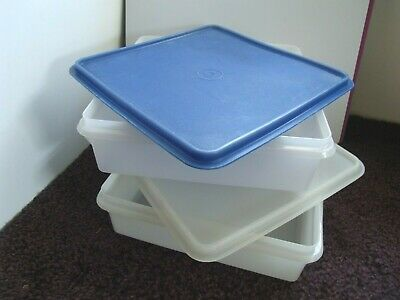 "2 Tupperware Snack-Stor 9""Square Keepers #514 & Seals Sheer & Vintage White"
