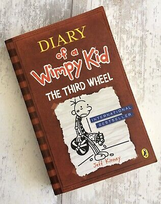 The Third Wheel (Diary Of A Wimpy Kid Book 7) Jeff Kinney Like New