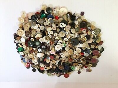 Vintage Lot Of Buttons Over 1 Pound Not Researched Some Plastic Scrapbooking Sew