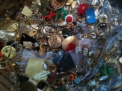 Vintage Costume Jewelry Lot Necklace 1930s up signed Earrings Brooch estate Box6