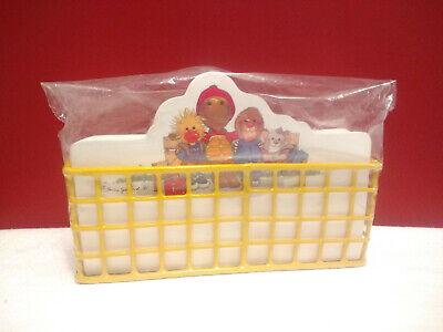 Vintage 1980's Suzy's Zoo Note Paper Memo Desk Wire Basket 100+ Sheets Spafford