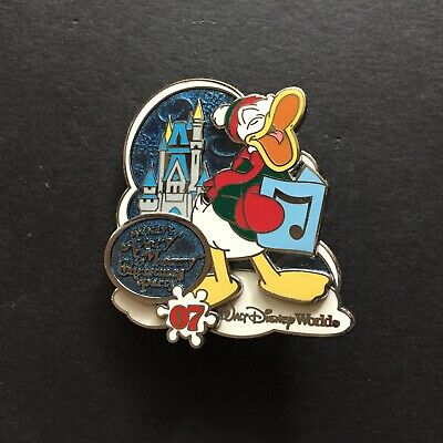 WDW Mickey Very Merry Christmas Party 2007 Donald Only LE 1500 Disney Pin 58452