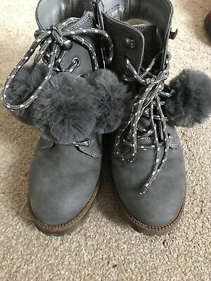 Older Girls GREY TIMBERLAND Style Ankle Boots By Matalan-Size 2